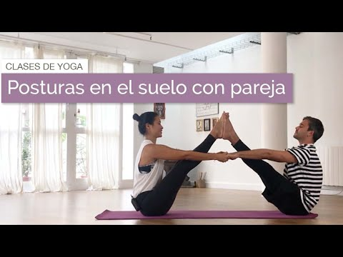 Posturas De Yoga En Pareja Facil Youtube