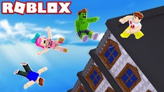 I PUSHED MY FRIENDS out of the BUILDING at ROBLOX!!!
