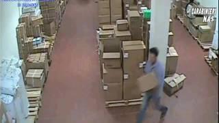 Video furti medicinali ospedale Perrino