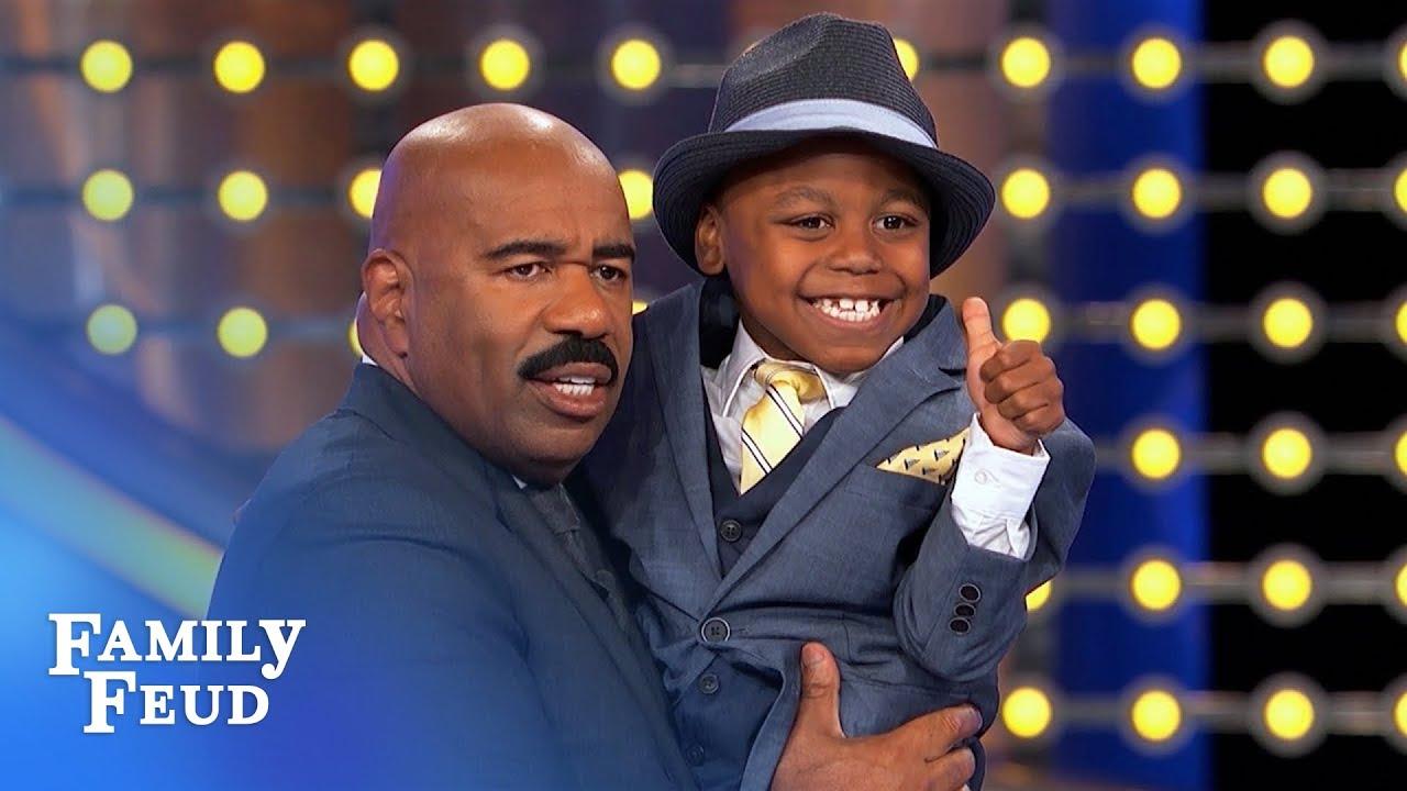 Steve Harvey meets Make-A-Wish recipient Isaiah Bates!   Family Feud