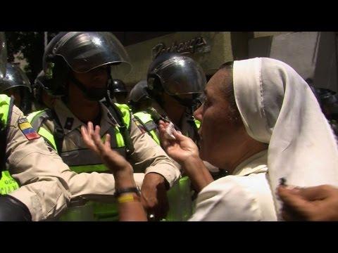 Venezuelan opposition protests delay of recall referendum