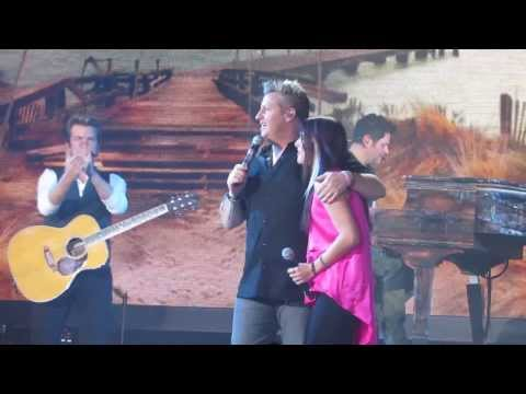 "Cassadee Pope pulls a prank on Rascal Flatts: ""Easy"" and ""I Won't Let Go"" Duets"
