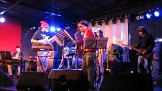Sandro Oliva & the Blue Pampurio