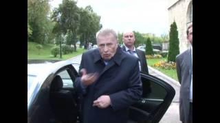 На чем ездит Жириновский