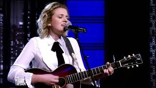 "Maddie Poppe Interviewed & Performs ""Going Going Gone"" (Kelly & Ryan)"