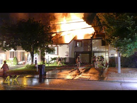 Montreal: Intense fire rips through Beaconsfield two story duplex 8-9-2017