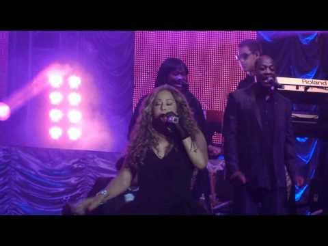 Mariah Carey Brazil Abertura Do Show Barretos 2010 - Fantasy & Shake It Off [HD]