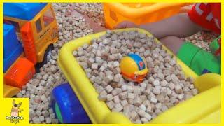 Kid Indoor Playground Family Fun Play Area for kids! Dalki Pororo Construction | MariAndKids Toys