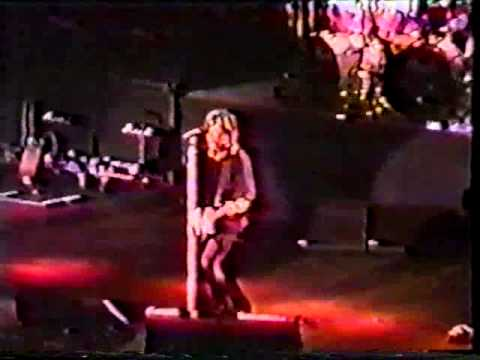 Bon jovi live at madison square garden 1993 full youtube for Bon jovi madison square garden