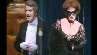 Dame Joan Sutherland & Robert Gard sing the Watch Duet from Die Fledermaus in Sydney in 1982