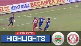 Highlight | TPHCM thắng nghẹt thở B.Bình Dương với bàn thắng phút cuối