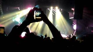 Deadmau5 - NYC - Aural Psynapse (2nd Edit), Raise Your Weapon (Noisia Remix)