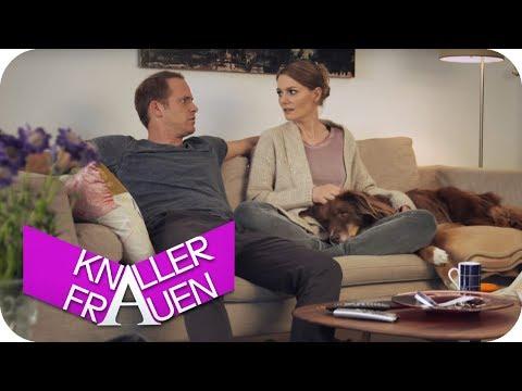 Der Hund wars! [subtitled] | Knallerfrauen mit Martina Hill