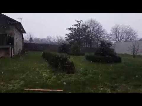 La nieve comienza a caer en Rodeiro