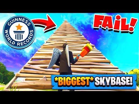 WORLDS BIGGEST SKYBASE FAIL in Fortnite Battle Royale! (Fortnite Challenge)