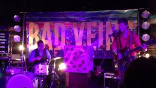 Bad Veins - Gold and Warm (Live) YouTube Videos