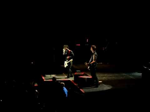 Green Day - Mother Mary (Foxboro Hot Tubs) @ the HP Pavilion 8/18/09