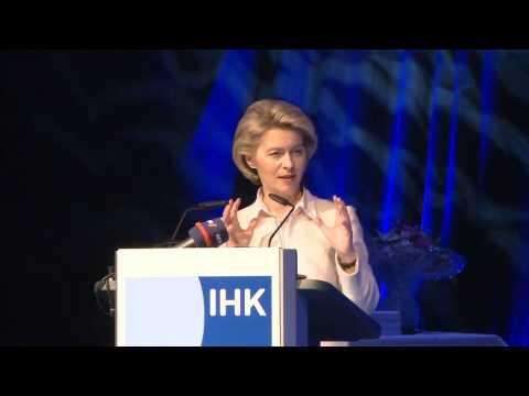 Rede von Bundesverteidigungsministerin Dr. Ursula von der Leyen beim IHK-Jahresempfang 2017