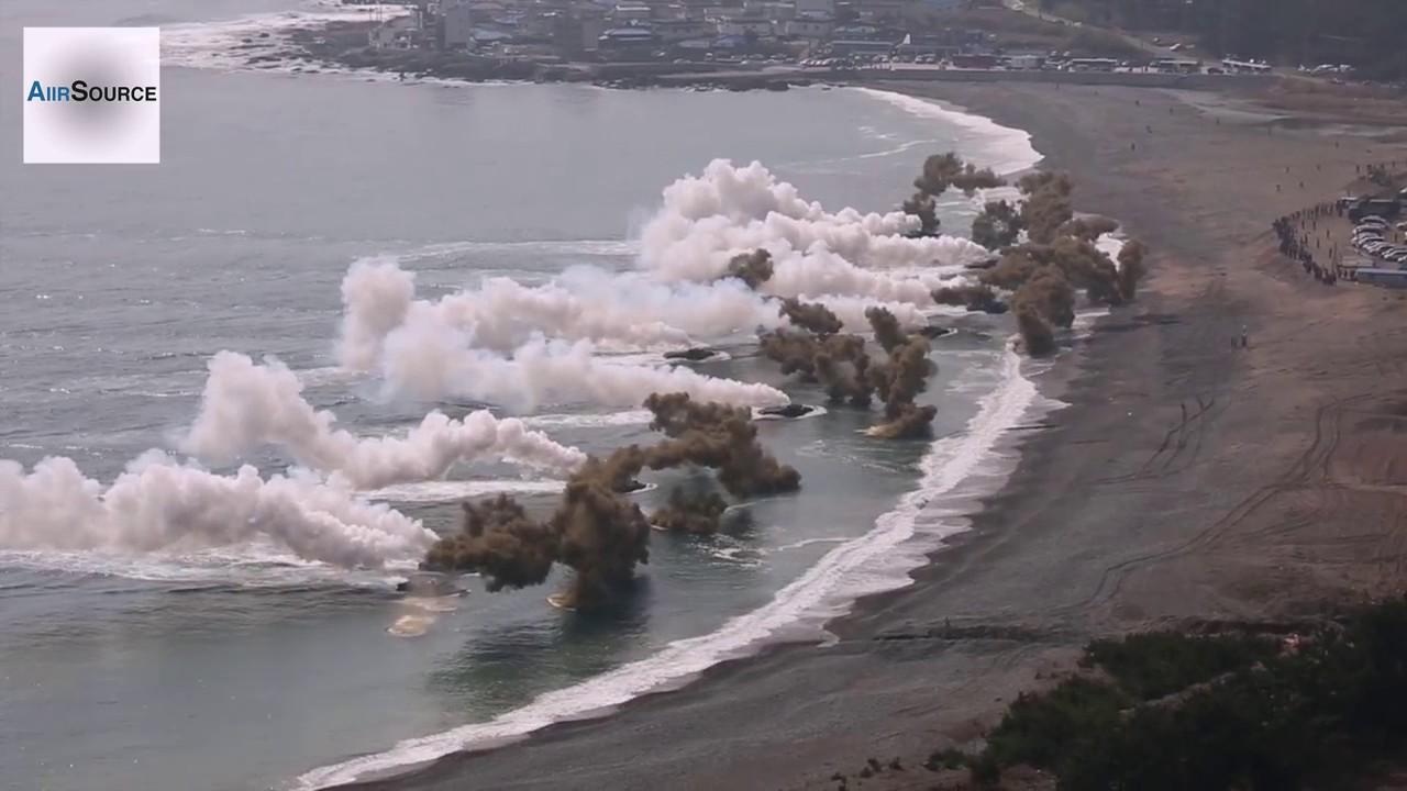 maxresdefault 【マジで戦争間近】北朝鮮の6回目の核実験が迫っていると伝えられ、米軍海兵戦力が韓半島(朝鮮半島)近隣に次々と集結中 その数4400人(まだ米軍兵士はどんどん増える模様) 4月15日の故・金日成主席の誕生日の日に戦闘開始か?