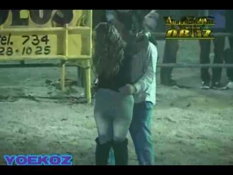 Baile Picante en el Jaripeo (Buenisimo) Zapata Mor.