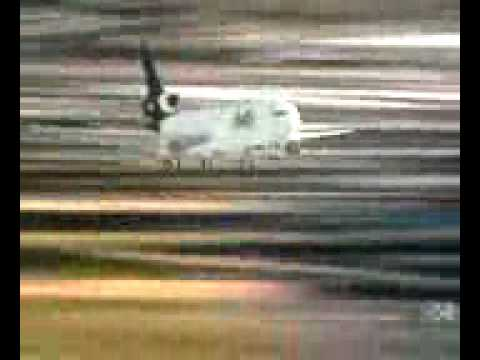 成田空港 Fedex MD-11 着陸失敗 ...