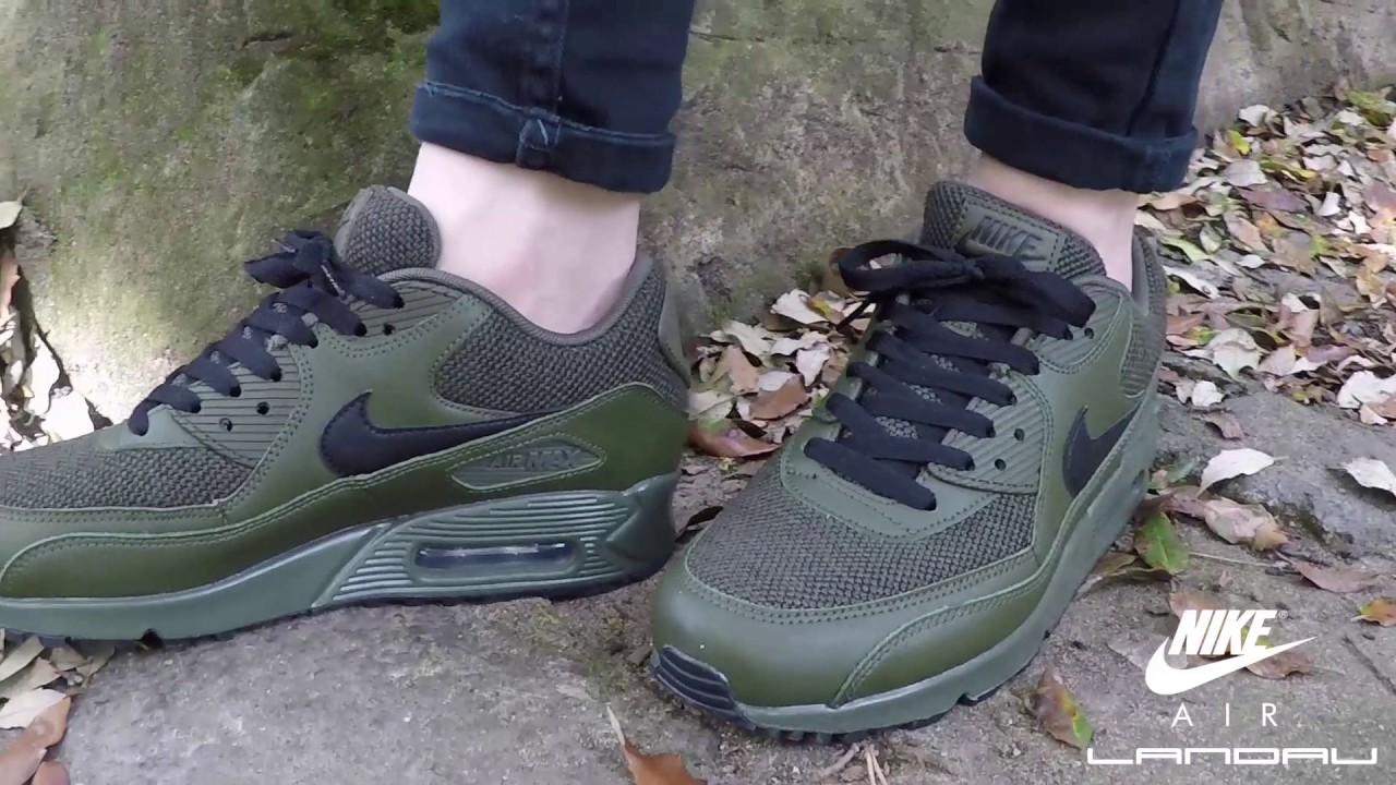 nike men 's air max 90 essential sneakers