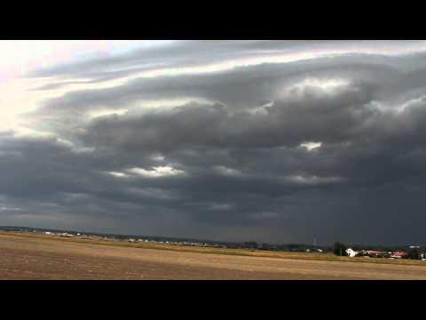 Shelf cloud na squall line 22.8.2012