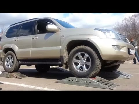 Toyota A-TRAC System Test On Rollers: Land Cruiser 120, Lexus GX470, Lexus LX470
