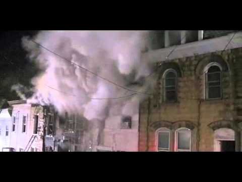 POTTSVILLE ROW HOME FIRE VIDEO 1-6-2011.wmv
