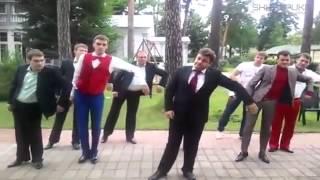О Боже какой мужчина Натали Мужики танцуют]