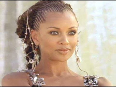 DIVAS  OF HOLLYWOOD : VANESSA WILLIAMS