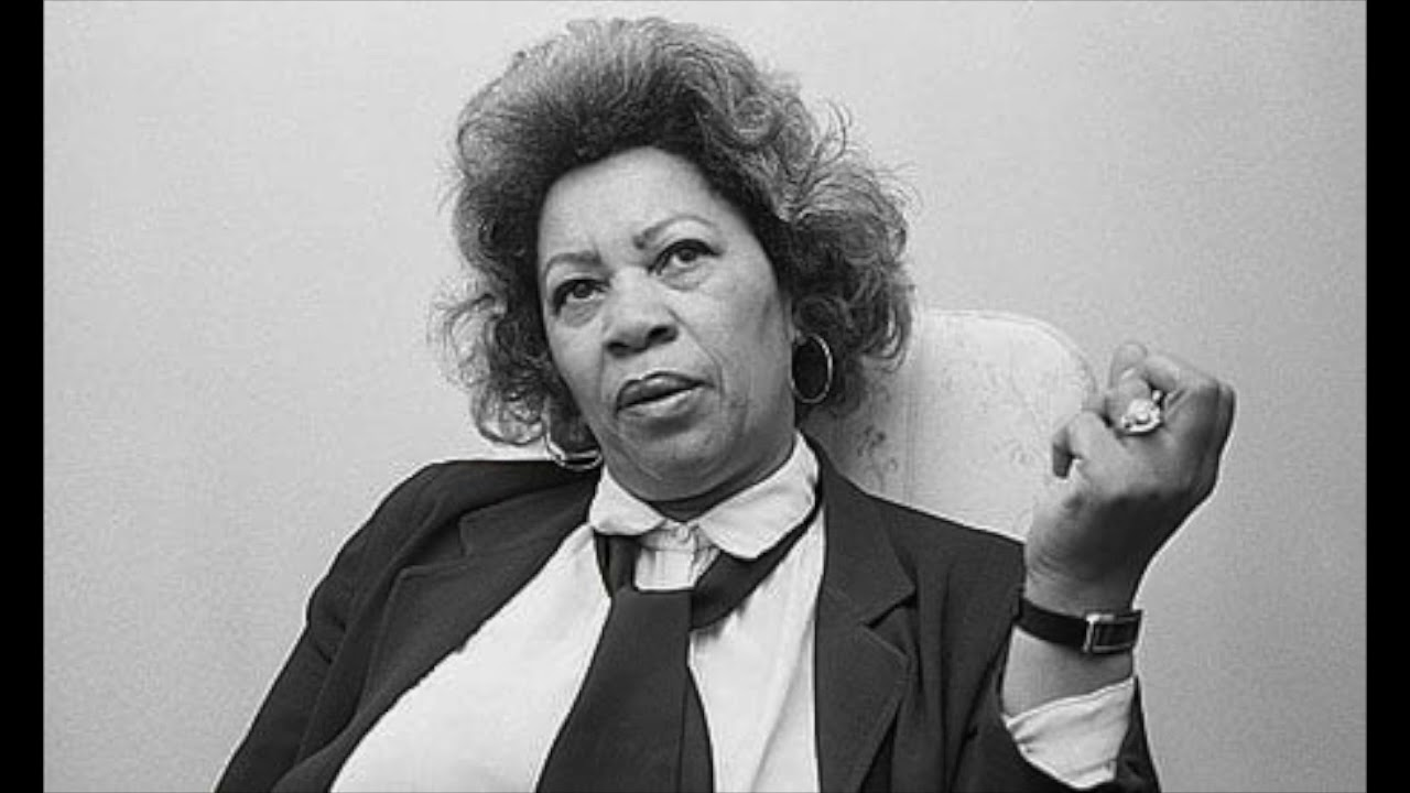 female characters toni morrison To explore the ways in which toni morrison portrays negative representations of her female characters and how she goes further to challenge.
