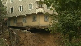 Watch: a four-storey building collapse after a landslide