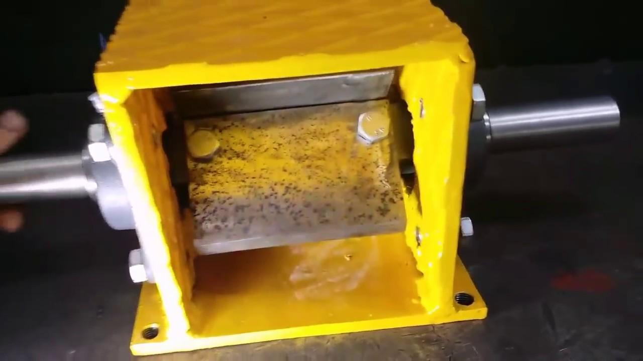 Wood Chipper Mechanism - Homemade