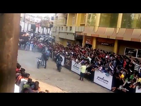 Bike Stunts in Bhubaneswar Pulsar Mania 2