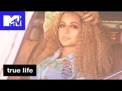 'Doll Face Club' Official Sneak Peek | True Life | MTV