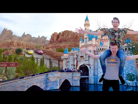 DISNEYLAND Anaheim & Disney CALIFORNIA ADVENTURE