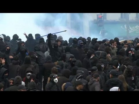 Confrontations in Paris at the May Day parade