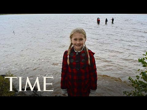 Girl pulls 1,500-year-old sword from lake