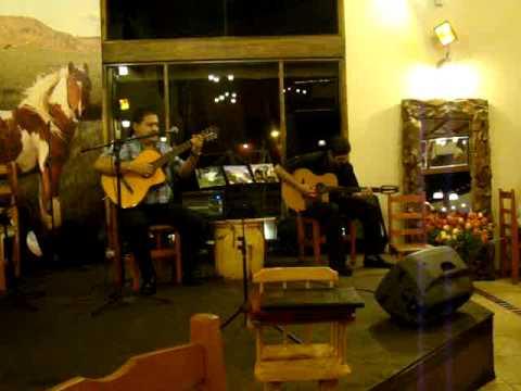 Show no restaurante Argentino El Quincho del Tio Querido