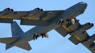 Repeat youtube video Acidente Bombardeiro B-52