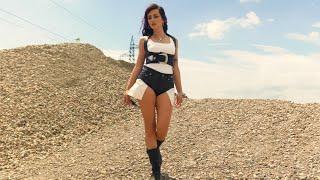 Смотреть клип Giulia Penna - Savana