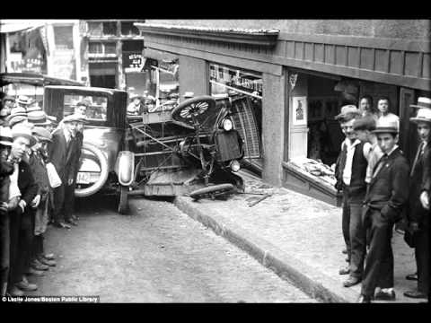 Photojournalist Leslie Jones 1930's Car Crashes.