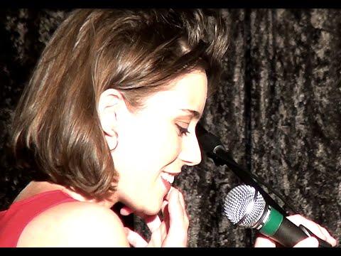 Hommage à Barbara - Angelina Wismes - Concert intégral piano/voix à Carnac