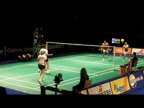 Clark/Kellogg vs Reiko/Ikeda end 1st game