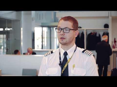 Visit airBaltic Pilot Open Days in Tallinn