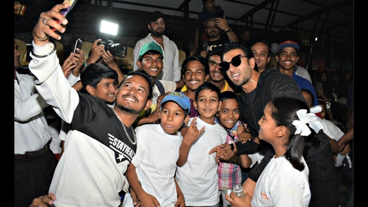 Ranveer Singh Having Fun With Small Kids