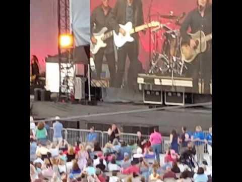 Jackson Browne & James Taylor at Fenway Park 8/3/16