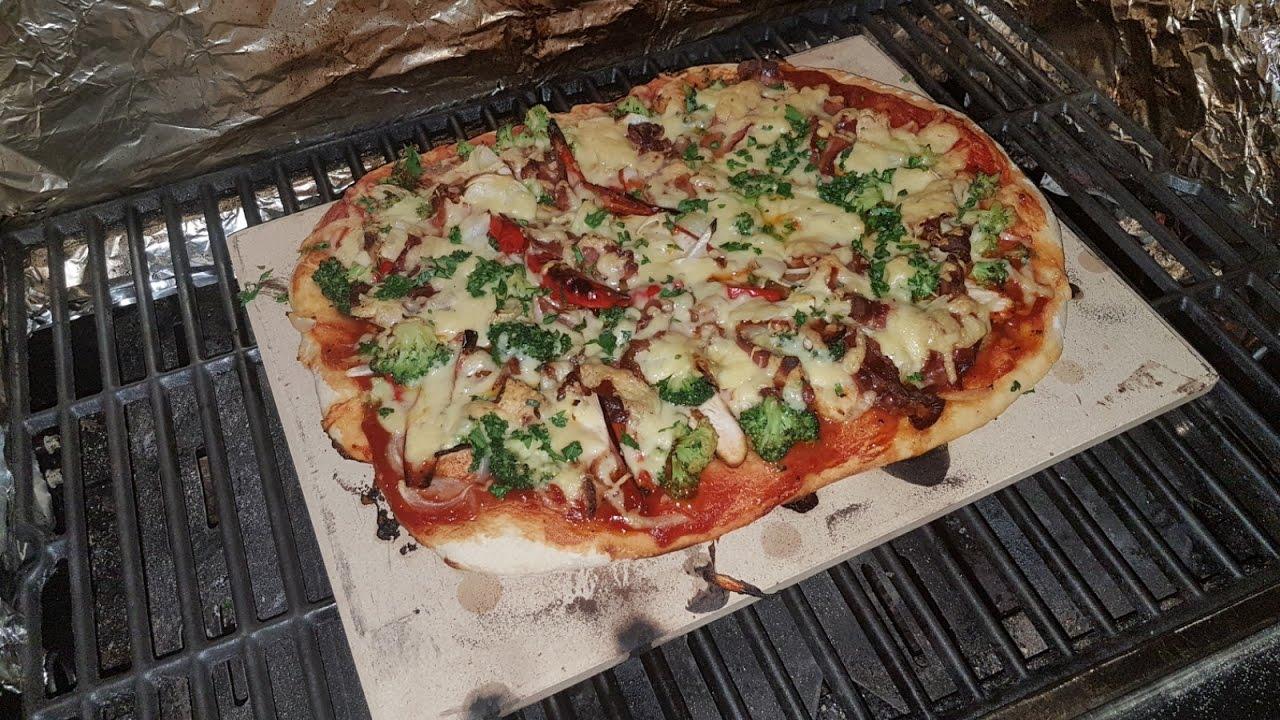 Pizzastein Für Gasgrill Landmann : Bbq pizza vom gasgrill landmann triton 3 youtube