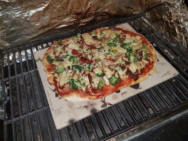 Landmann Gasgrill Triton 3 : Grill ideen bbq pizza vom gasgrill landmann triton
